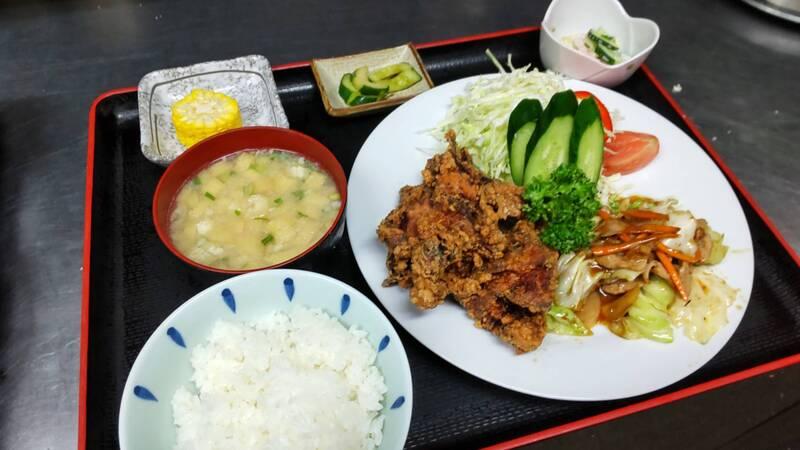 スタミナ定食(880円)