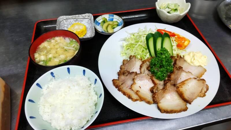 チャーシュー定食(880円)